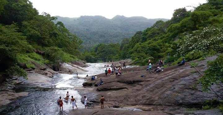 Important Tourist Places in Kakkadampoyil